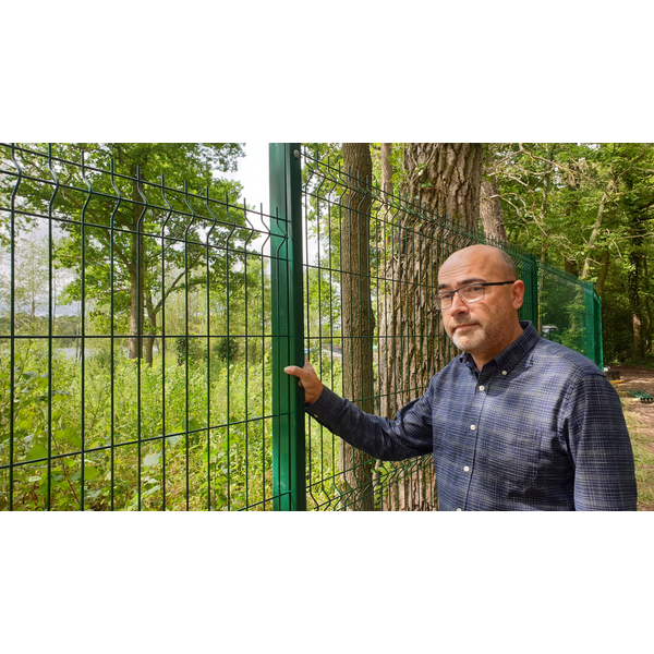 Cllr Paul Richards is heartbroken to see the fence being built around Aldenham Reservoir